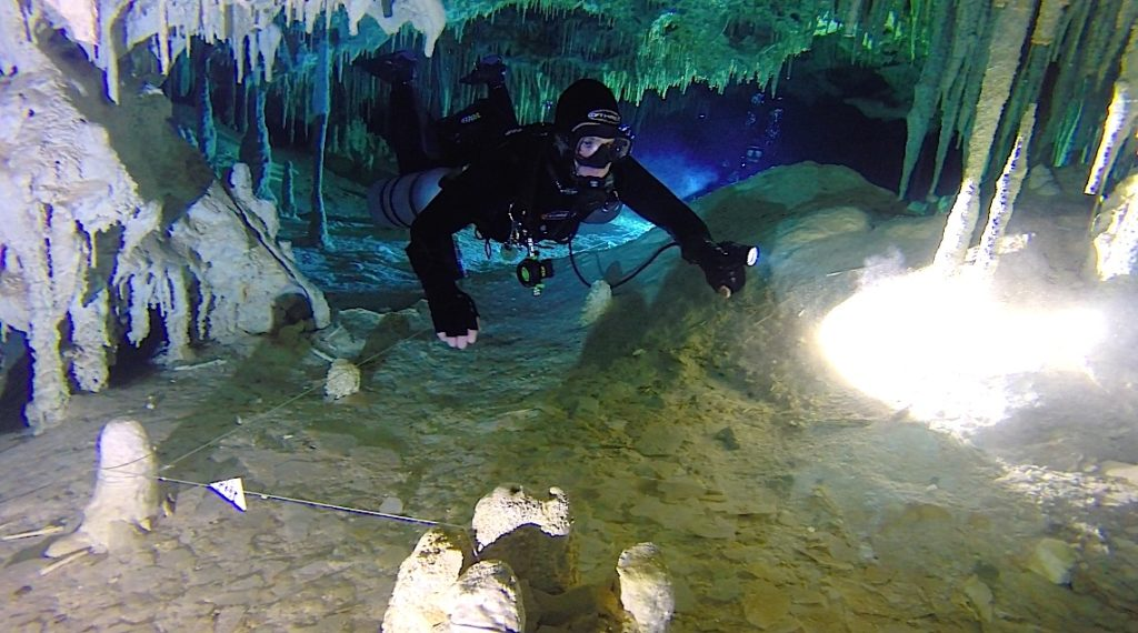 cave line mexico